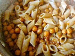 saucey ginger garbanzo pasta